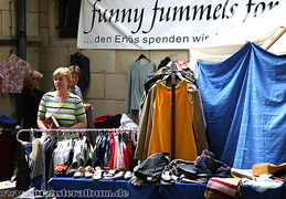 Der 'funny fummels'-Stand - der Second Hand Stand for women only